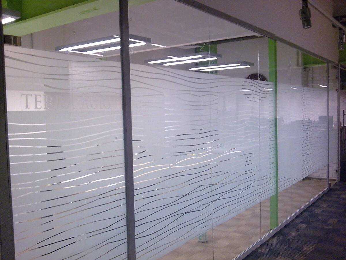 тонировка витрин